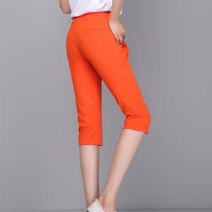 NWOT Lady Foot Locker cropped pants sz S